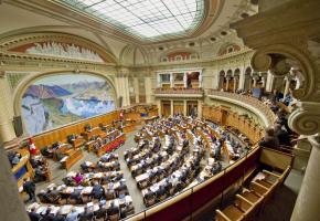Les 246 parlementaires, et non le peuple, élisent les conseillers fédéraux. Dépassé? PARLEMENT.CH